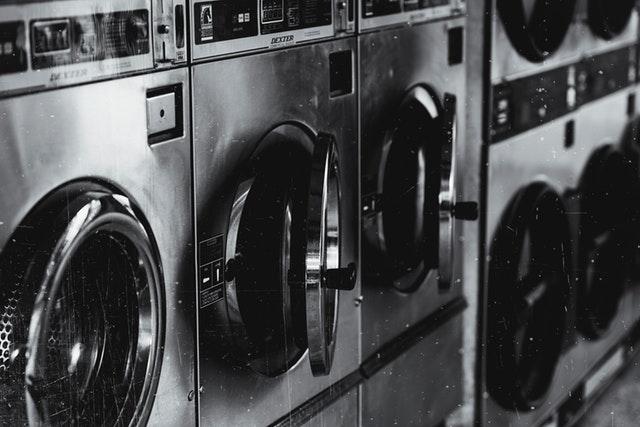 Su lavadora de bajo consumo podría estar llena de bacterias