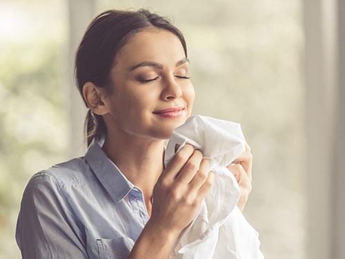 Trucos-y-consejos-para-que-tu-lavadora-lave-con-más-olor-la-ropa